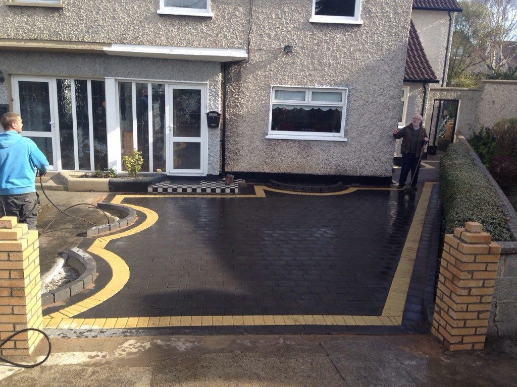 Charcoal block paving